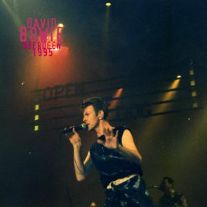 David Bowie 1995-11-29 Aberdeen ,Exhibition Centre - Aberdeen 1995 - SQ 8,5
