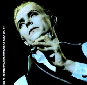 David Bowie 1976-03-23 New York ,Uniondale ,The Nassau Coliseum (official release ,unedited version ,full length) - SQ 9,5