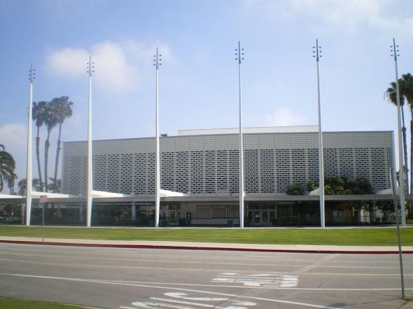 Santa-Monica-civic
