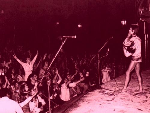 david-bowie-LONDON-1972-INNER2