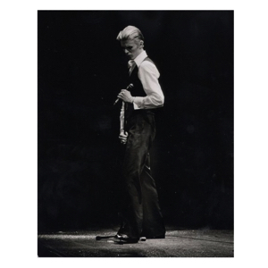 david-bowie-reaching-for-the-moon-inner