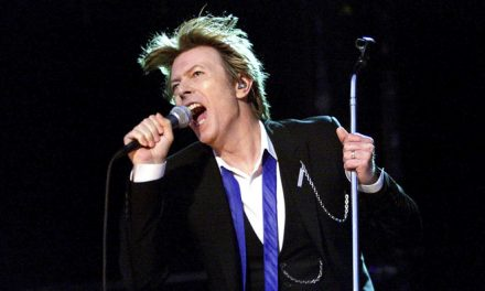 David Bowie Receives Four Posthumous 2016 VMA Nominations