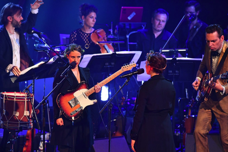 Prom 19: David Bowie tribute, Royal Albert Hall,London, review/Video