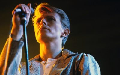 Flashback: David Bowie Plays a Haunting 'Heroes' in 1978