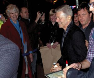 The last known picture of Bowie in public, attending Lazarus a month before he died.