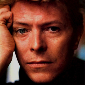david-bowie-totally-serious-inside