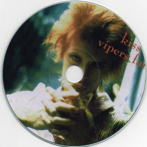 DAVID-BOWIE-kiss-the-viper-fang-3