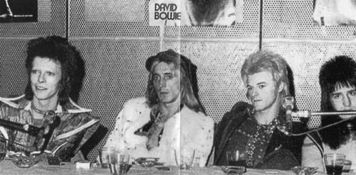 DAVID-BOWIE-the-axman-cometh-5
