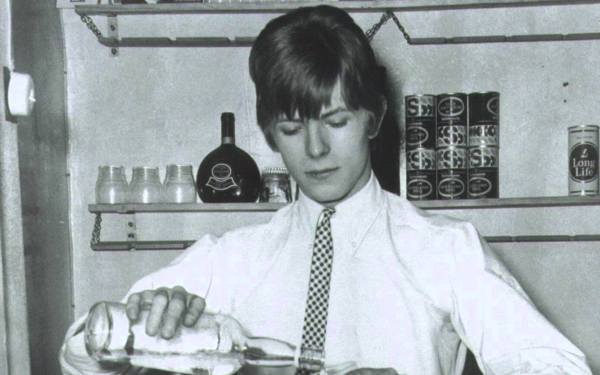 From the Beginning: David Bowie – The Early Years (1964-1966)
