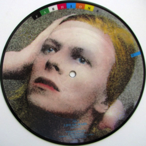 David-Bowie-picture-disc-live-on-mars