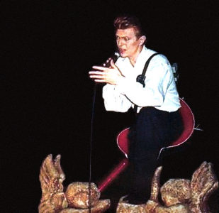 david-bowie-live-in-norway-1990-in