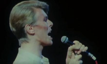 David Bowie closes out his Tokyo show with a captivating 'Station to Station' in 1978