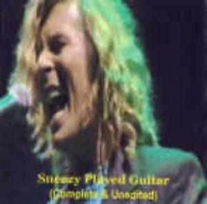 David Bowie 2000-06-27 London ,BBC Radio Theatre ,Portland Place ,BBC Broadcasting House - Sneezy Played Guitar - SQ 9