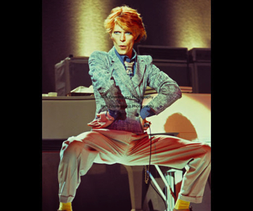 david-bowie-1974-11-15-Boston-Music-Hall-Photo4