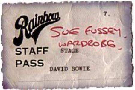 "david-bowie-the-rainbow-theatre-Pass""></noscript><br /> <img src="