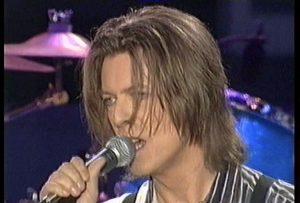 David Bowie 1999-10-09 ,London ,Wembley Stadium - NetAid Volume 1 - (David Bowie - Eurythmics - Catatonia - The Corrs and more)